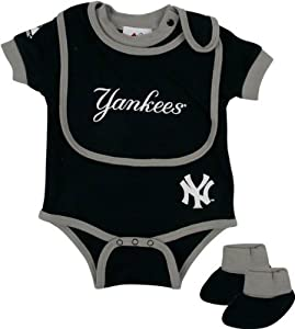 New York Yankees Baby Bib and Bootie Creeper Set