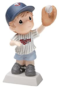 Precious Moments MLB Minnesota Twins Boy1 Catching Baseball Figurine by Precious Moments