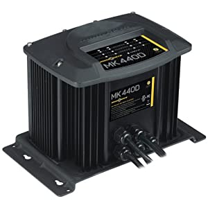 MinnKota MK 440D On-Board Battery Charger (4 Banks, 10 Amps Per Bank) by Minn Kota