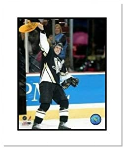 Sidney Crosby Pittsburgh Penguins NHL Double Matted 8x10 Photograph Terrible Towel