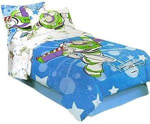 Amazon Com Toy Story Buzz Lightyear Comforter Bed Set