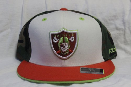 New Oakland Raiders Camo Fitted Reebok Fitted 7 1/8 at Amazon.com