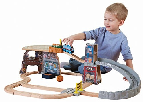 Fisher-Price Thomas Wooden Railway - Thomas' Fossil Run Train Set (Tale of The Brave)