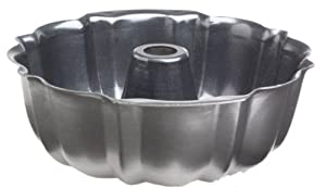 Nordic Ware Pro Form Heavyweight 12 Cup Bundt Pan by Nordic Ware