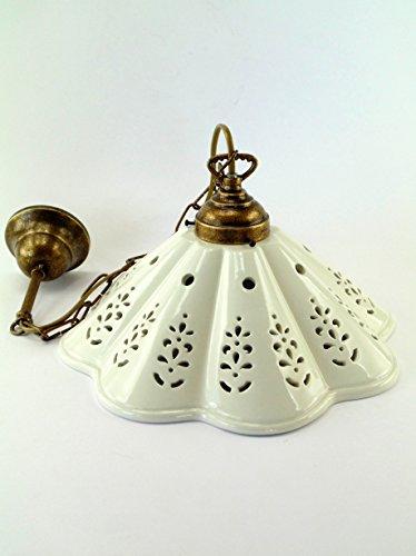 Lampadario ottone brunito sospensione a catenella piatto ceramica a 1 luce l1054 Dimensioni max: Altezza 74cm,diametro piatto 30,7cm.Le dimensioni sono comprensive del piatto.Attacco Edison E 27(Attacco grande).