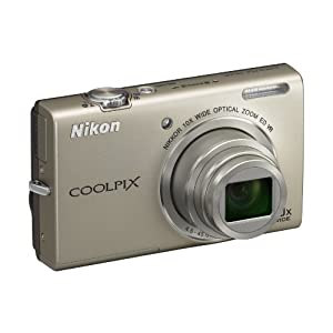 Nikon COOLPIX S6200 Point & Shoot Camera with 16MP, 10x Optical Zoom and 2.7 inch Screen (Silver)