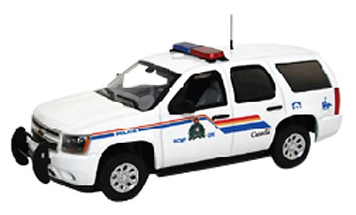 first-response-1-43-chevy-tahoe-police-royal-canadian-mounted-police-japan-import
