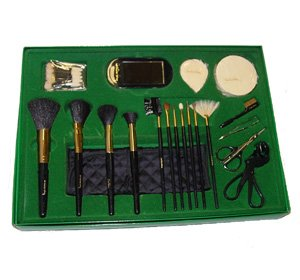 christine-valmy-m-u-brush-set