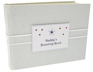 """White Cotton Cards - Álbum de fotos, diseño de estrella con texto """"Daddy Boasting Book"""", color blanco, azul y rojo en BebeHogar.com"""