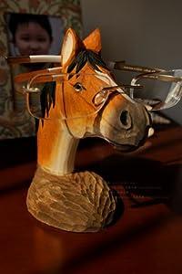 [Neustadt] ハンドメイド 木製 お馬さんの メガネスタンド 木彫り ウッディで 素朴な ユニーク 眼鏡置き 午年 干支グッズにも