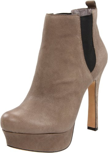 Vince Camuto Women's Baileys Boot,Taupe/Brown,9 M US