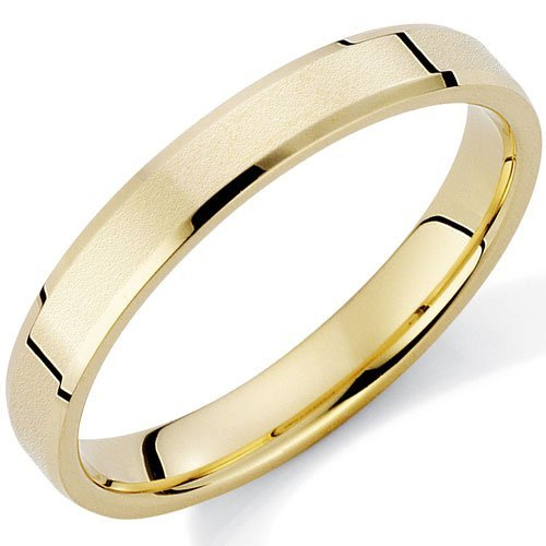 Satin Finished and Bevelled 9Ct Gold Wedding Ring in a 3mm Flat Court Profile - Size M