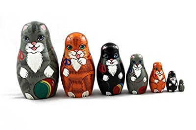 Matryoshka Russian Nesting Doll Babushka Beautiful Family Cats Kittens Kitty Set 7 Pieces Pcs Wooden Hand Painted Painting Souvenir Gift