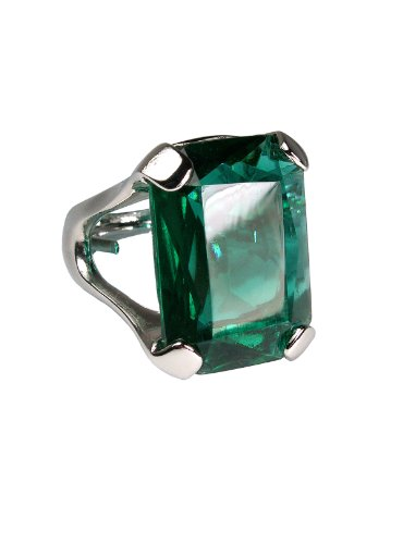 Angelina Jolie Emerald Ring