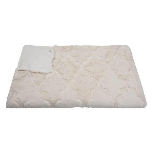 Faux Fur Throw Blanket - Moroccan Tile Quatrefoil Creamy White front-753576