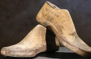 Vintage Wooden Shoe Forms, ADULT, NATURAL