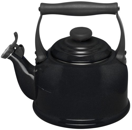 Le Creuset Traditional Whistle Kettle in Black