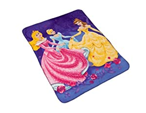 Disney Princesses 3D Fleece Blanket & Glasses