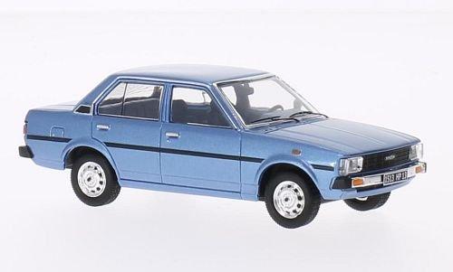 toyota-corolla-metallic-bleu-clair-1979-voiture-miniature-miniature-deja-montee-triple-9-collection-
