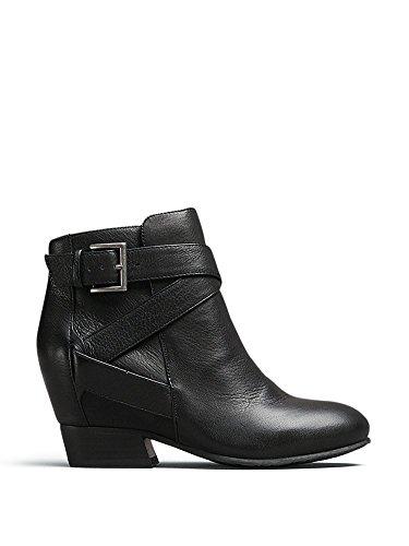 Gentle Souls Women's Balfour Boot, Black, 7 M US