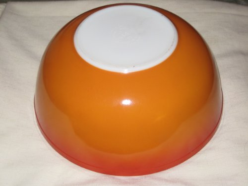Vintage Pyrex Burnt Orange / Reddish Brown 4 Quart Mixing Nesting Batter Bowl