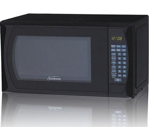 Sunbeam SGDF702 700-watt Digital Microwave Oven, 0.7 Cubic Feet