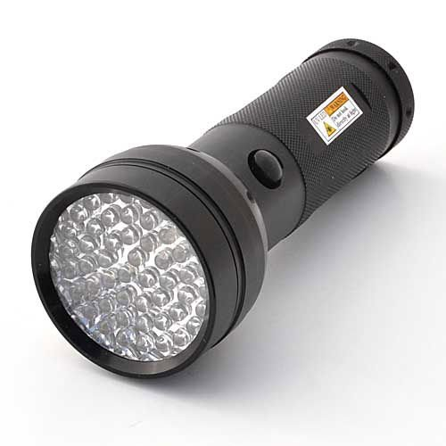 LEDwholesalers 395 nM 51 UV Ultraviolet LED flashlight Blacklight 3 AA, 7202UV395