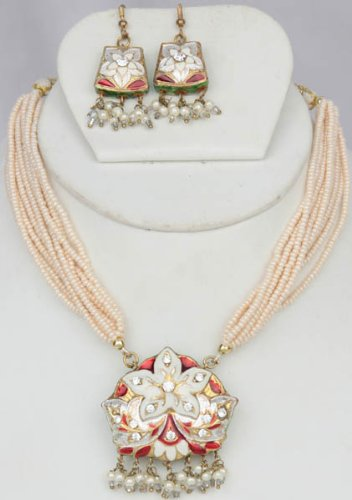 Ivory Star-Spangled Necklace and Earrings with Peacocks on Reverse - Lacquer with Cut Glass