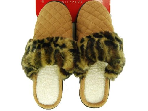 Image of Women's Charter Club Quilted Slippers (B002FXXDUO)