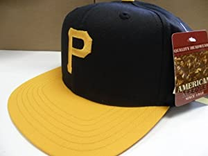 Pittsburgh Pirates 2 Tone Old School SNAPBACK Cap Retro