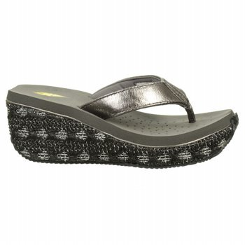 Volatile Women'S Reflects Wedge Sandal,Pewter,8 B Us front-979239