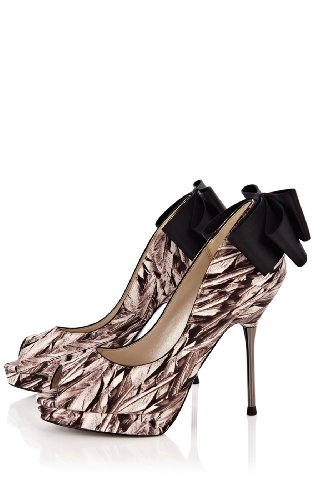 Feather Print Shoe