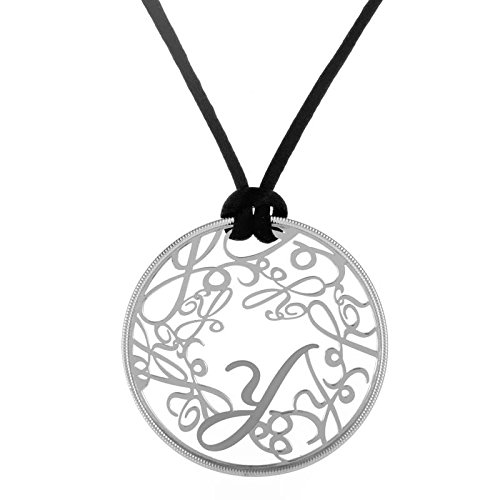 carrera-y-carrera-y-18k-white-gold-round-pendant-necklace-with-black-silk-cord
