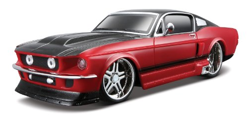Maisto R/C 1:24 1967 Ford Mustang - Colors / Mhz May Vary