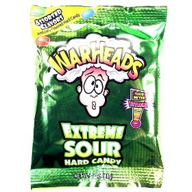warheads-extreme-sour-candy-1-oz-28g