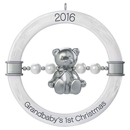 hallmark-tarjeta-de-primer-del-grandbaby-adorno-de-navidad-oso-de-peluche-sonajero-bebe-hitos