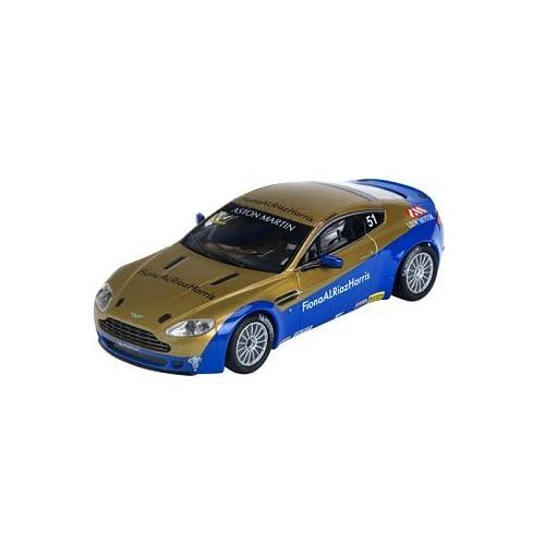 :*Aston Martin Vantage N24 Analog Car