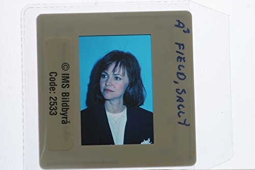 slides-photo-of-close-up-of-american-film-and-television-actress-sally-field