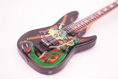 RGM780-George-Lynch-Skull-and-Snakes-Miniaturgitarre