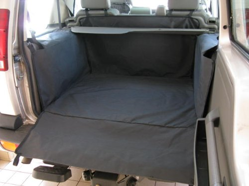CUSTOM MADE LAND ROVER DISCOVERY 2 TD5 BOOT LINER MAT
