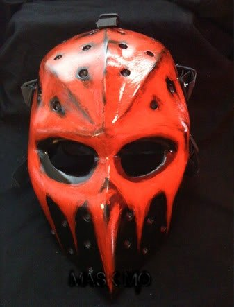 Custom Painted Paintball Gun And Mask