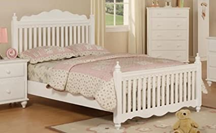 Beautiful Twin Bed in White Finish PDS f90039t