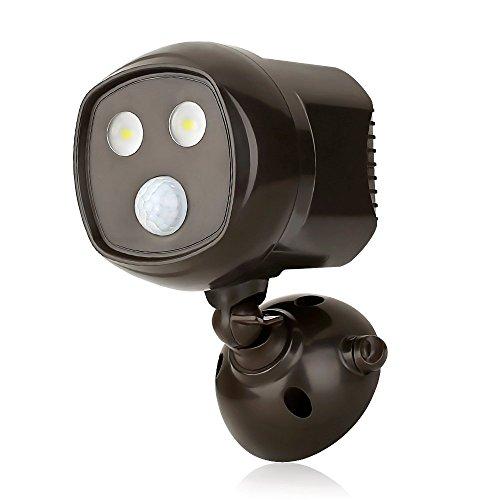 le 300lm kabellos led spotlight mit bewegungsmelder batteriebetrieben wasserdicht ip65. Black Bedroom Furniture Sets. Home Design Ideas