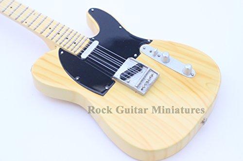 rgm626-keith-richards-rolling-stones-miniature-guitar