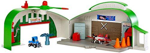 Disney Planes Dottie's Hangar Playset