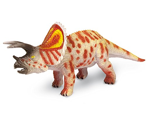 Geoworld Jurassic Hunters Triceratops Model - 1