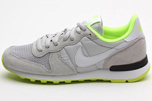 5e9e76bd478a9 Nike Womens Internationalist LIGHT ASH GREY VOLT BLACK WHITE 629684 004 9 5