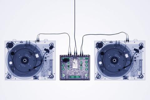 1art1 40789 Plattenspieler - X-ray Decks Poster 91 x 61 cm