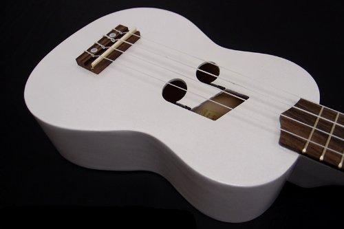 Woodnote Beautiful Wooden White with Music Hole 21' Soprano Ukulele/rosewood Fingerboard & Bridge