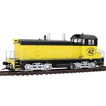 Amazon.com: Walthers PROTO 2000 HO Scale Diesel EMD SW9/1200 Powered